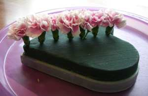 mini-carnations-in-foam