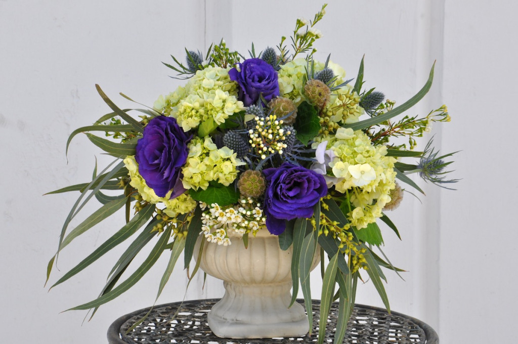 Hydrangea and Lisianthus Centerpiece