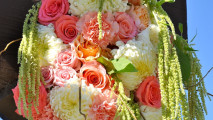 http://flowerduet.com/wordpress/wp-content/uploads/2014/07/flowerduet-coral-colored-arch-pvgolf-detail-213x120.jpg