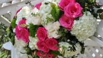 http://flowerduet.com/wordpress/wp-content/uploads/2014/07/flowerduet-pink-white-arch-detail-213x120.jpg