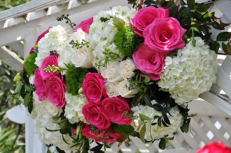 flowerduet-pink-white-arch-detail
