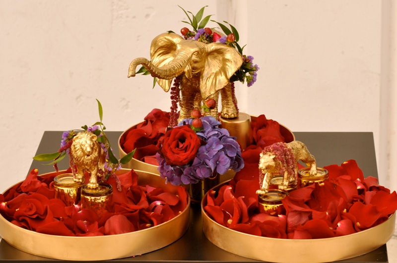 Gold plated cirucus animals and flowers