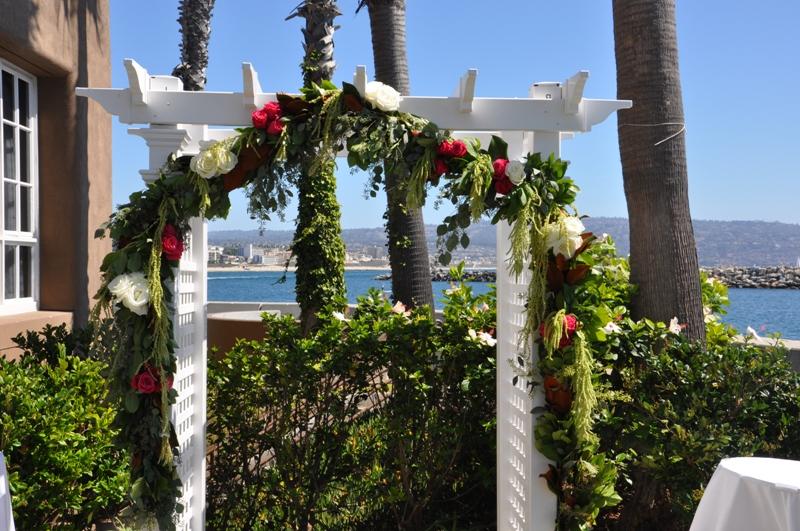 flowerduet-portofino-wedding-arch-pink