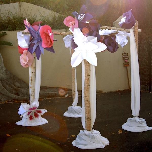 flowerduet.com-birch-pole-chuppah-paper-flowers-designs