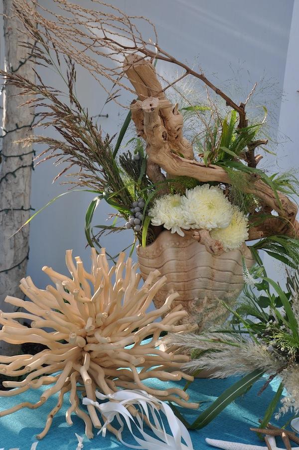 flowerduet.com-blue-seaglass-bottles-beach-wedding-flowers-guest-sign-in