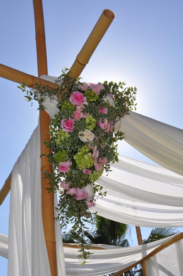 flowerduet.com-crescent-floral-spray-pink-green-wedding