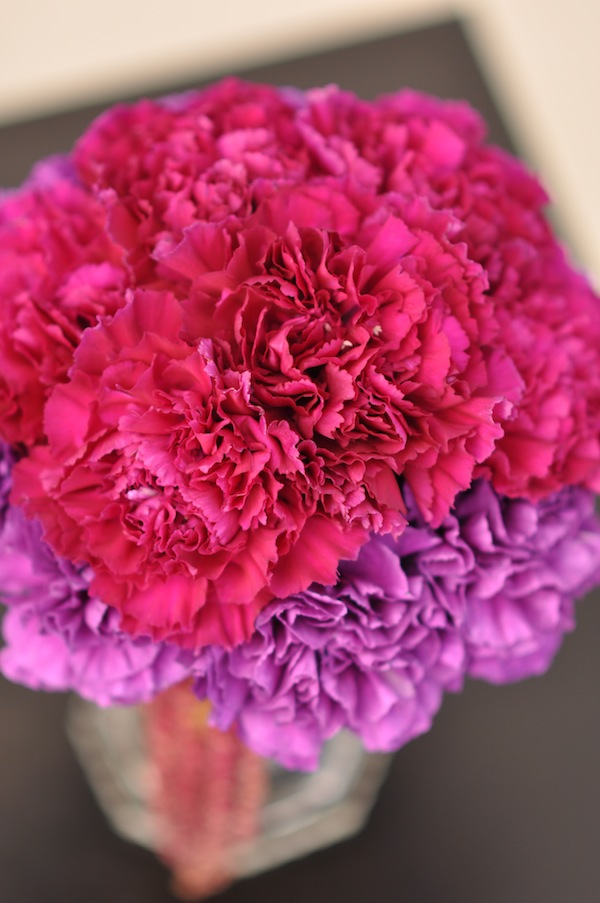 Burgundy carnations cocktail flowers by Flower Duet.