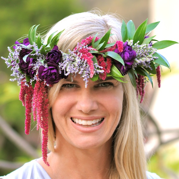 Floral crowns for all by Flower Duet