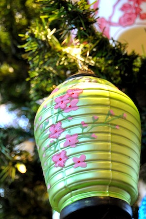 Green lantern ornament.
