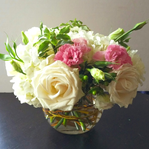 Pink and white fishbowl flowers