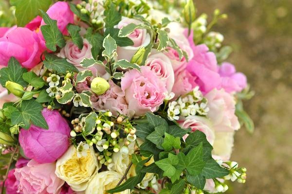 pink-garden-bridal-bouquet
