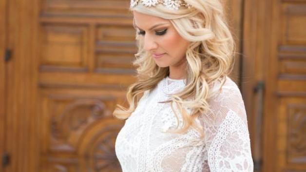 http://flowerduet.com/wordpress/wp-content/uploads/2015/06/bride-la-qunita-flowerduet-628x353.jpg