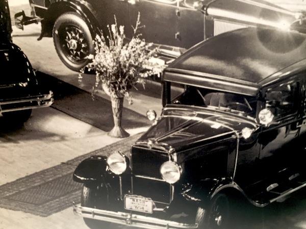 1930s Auto Show