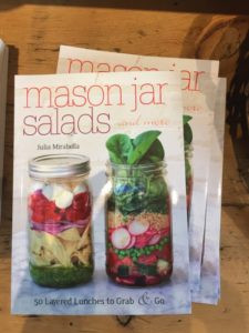 mason-jar-salads-recipe-book