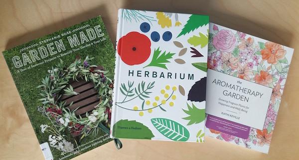 2017 Floral Books