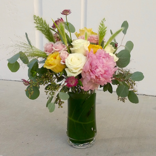 Rose vase flower class by Flower Duet.