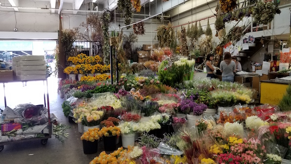 Fall Flower Mart Tours in Los Angeles by Flower Duet