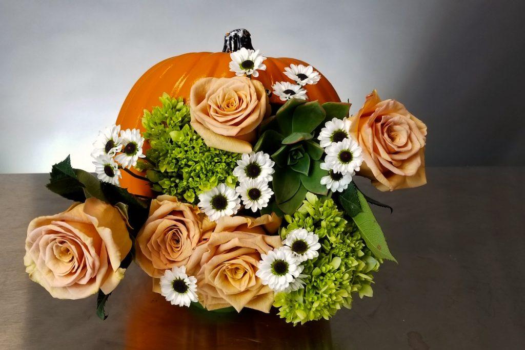 Diorama floral pumpkin by Flower Duet