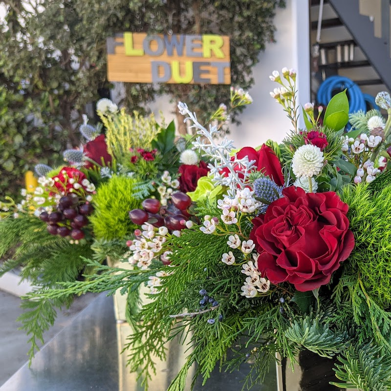 Christmas Floral Designs for Delivery