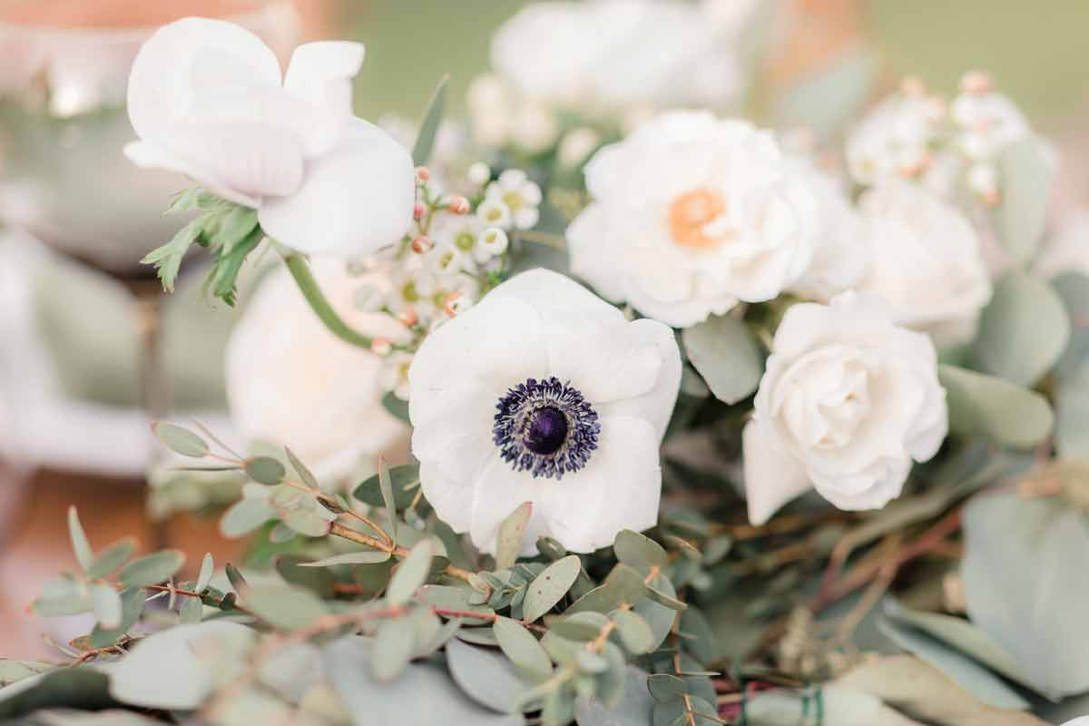 White Anemone Centerpiece by Flower Duet Photo by Figlewicz Photography