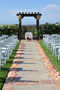flowerduet-coral-colored-arch-pvgolf