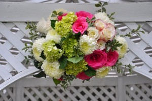 flowerduet-pink-yellow-gazebo-detail