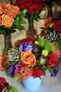 flowerduet-jewel-toned-centerpiece