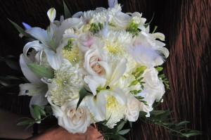 flowerduet-feathers-bling-bouquet