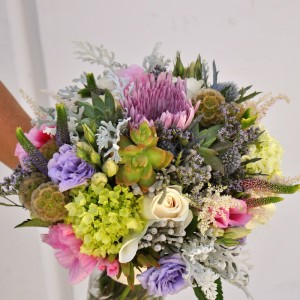 flowerduet-succulent-wildflower-bouquet