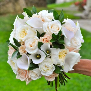 flowerduet-white-calla-rose-bouquet